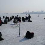 Зимняя рыбалка – крючки, блесны, воблера и раттлины