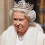 Королева Великобритании наградила создателей интернета