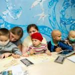 Samsung и Никас Сафронов объединили усилия для поддержки детей больных раком