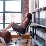 Зарабатывать или отдыхать в отпуске?