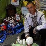 Анатолий Бойко владелец самой большой коллекции яичной скорлупы, украшенной металлом